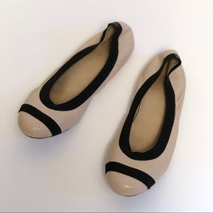 Stuart Weitzman | Nude Round Toe Ballet Flats 8.5